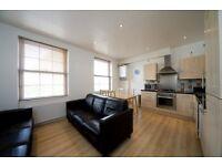 3 bedroom flat in Castlehaven Road, Camden NW1
