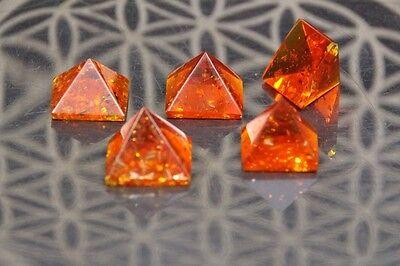 Bernstein Pyramide Groß 15 mm Energie