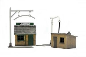 Dapol C011 Platelayers Hut, Coal Office, Water Crane & Loading Gauge OO Gauge