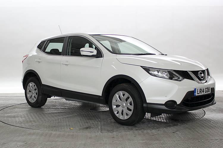 2014 14 reg nissan qashqai 1 5 dci visia 4x2 new shape white 5 standard diesel in west. Black Bedroom Furniture Sets. Home Design Ideas