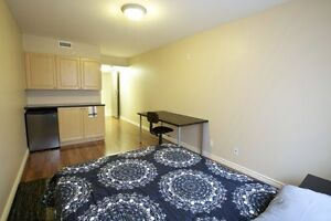 ATTN Students: Large Private Bachelor-Style Rooms! Ensuites! Kitchener / Waterloo Kitchener Area image 3