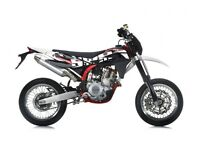 SWM SM 500 R SUPERMOTO MOTORCYCLE, FINANCE AVAILABLE, TWO YEAR WARRANTY