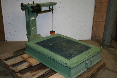 Platform Scale Mechanical 3000 Lb Capacity Cast Iron 26x34