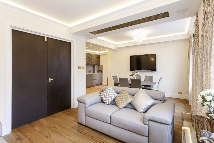 **PRICE REDUCTION***LUXURY TWO BED TWO BATH APARTMENT IN MAYFAIR**