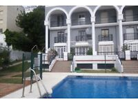 Benalmadena beach, two swimming pools, duplex apartment in safe residence with gates