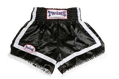 Twins Muay Thai - Kickbox Shorts. Schw./weiß m. Fransen ()