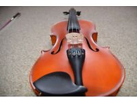 Perfect condition student violin incl. bow and case for ages 6-10