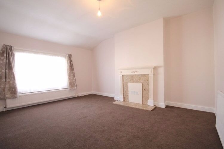 Well Presented, Modern, Bright, Spacious, Newly Refurbished, Period Conversion, Fab Location