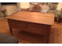 Laura Ashley Brompton, Oak Coffee Table, LOCAL DELIVERY POSSIBLE.