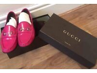Authentic woman's Gucci Loafers with dust bag, box and receipt - Size 39