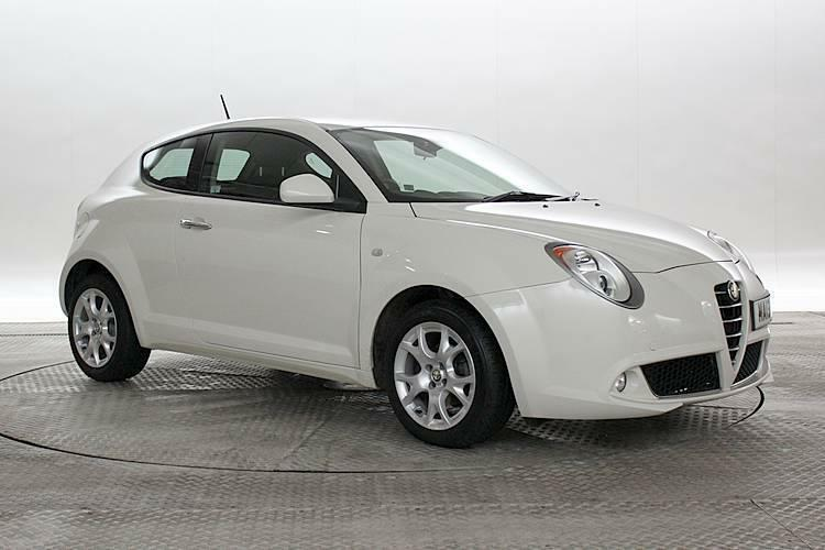 2013 13 reg alfa romeo mito 1 4 sprint biancospino white 3 standard petrol m in west. Black Bedroom Furniture Sets. Home Design Ideas