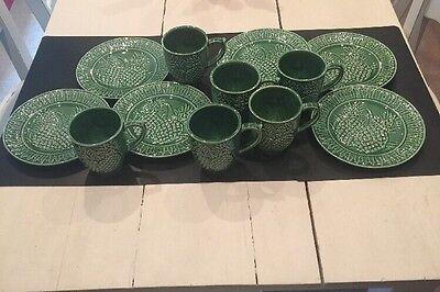 12 Piece Set Bordallo Pinheiro Portugal Majolica Green Pineapple Plates & Mugs