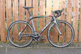 NEW Limited Edition Italian VINER Carbon Road Bike 53cm, Shimano Ultegra Groupset, Fulcrum Wheels