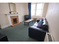 STUDENTS 17/18: Bright 6 bedroom HMO flat near Edinburgh Uni available September - NO FEES!