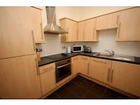 STUDENTS: Very spacious top floor 4 bed flat with WiFi in Marchmont available September - NO FEES!
