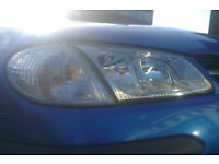 Nissan Almera O/S Headlight And Indicator Breaking For Parts (2000)