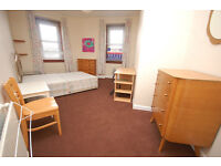STUDENTS 17/18: Spacious 3 bedroom HMO property on Portobello Road available August