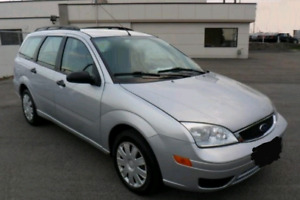 2005 Ford Focus Wagon with safety and etest