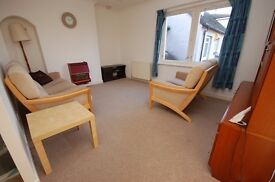 Spacious 1 bed fully furnished 1st floor flat with parking available November - NO FEES!