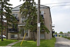 Large 1 bedroom. Welland by 406.