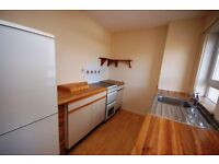 Bright 1 bed 2nd floor flat with spacious lounge & excellent storage at the Gyle available April!