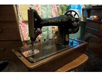 Superb joblot of antique and vintage sewing machines - Singer, Jones etc - electric and manual