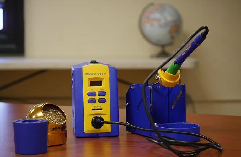 Hakko FX951-66 Soldering Stations and Irons - Type (Soldering Equipment): Digita