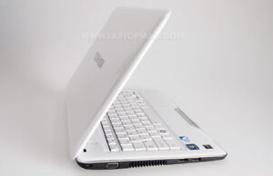 AS IF NEW Toshiba Satellite L855D Laptop