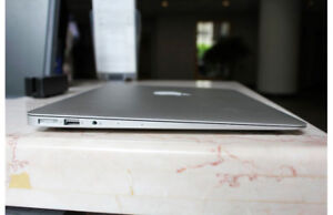 Macbook air 13 inch 2013 perfect condition