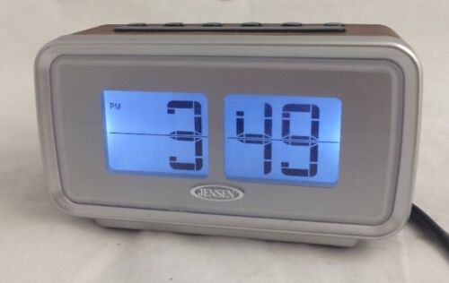 JENSEN JCR-232 AM/FM Dual Alarm Digital Retro Flip Display