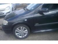 Vauxhall Astra N/S Front Wing In Black Colour (2003)