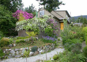 $3600 (ORCA_REF#3288T)Charming character home totally renovated North Shore Greater Vancouver Area image 9