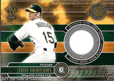 Tim Hudson 2001 01 Pacific Private Stock  Game Gear   131 Oakland Athletics