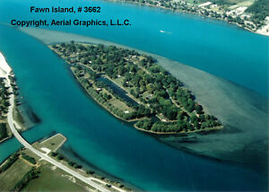 St Clair River, Fawn Island, Cottage on 4 lots, NICE