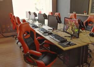 Chaises pour gamer neuves / Brand new gaming chair !