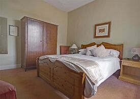 BEAUTIFUL LARGE DOUBLE ROOMS FROM 100PW (PRIVATE)