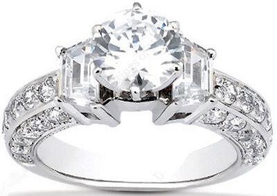 2.80 ct total Round & Trapezoid Diamond Platinum Ring, GIA F VVS2 1.50 ct