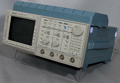Tektronix Tds540a 500 Mhz 4-channel Digitizing Oscilloscope Tds 540a Opt. 1f