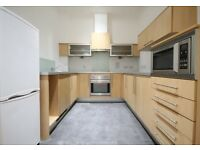 Luxury, Modern, Well Presented, Very Spacious, Gated Development, balcony, Newly Decorated
