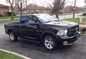 Dodge Ram 1500 Sport 5.7 Hemi ( Very Clean, Great Condition )