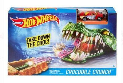 Hot Wheels Crocodile Crunch Track Play Set