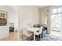 A Lovely 1 Double Bedroom Flat with roof terrace to rent in Chelsea, SW3