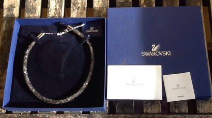 Beautiful Authentic Swarovski Stardust Necklace Black Crystal in