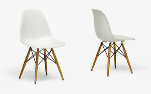 Set of 2 Side Chair Wood Base White Plastic Molded Eiffel eames-ish