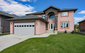 Spectacular Family Home in Selkirk! 109 Edstan Place R1A 2E8