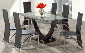 Kitchen Set with Glass Top - 7 pc - Black 7 pc Set - Solid Chair / Black