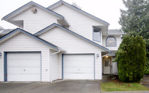 Bright End Unit! 3 Bedroom Townhouse.