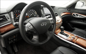 2012 Infiniti M35h Hybrid Sedan, bigger then Q50s or Same as Q70