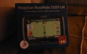 Magellan Roadmate 2120T-LM