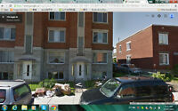 very good big 31/2, close to metro, st-lawrence river and canal